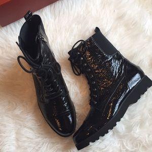 Donald Pliner Camren black leather combat boots